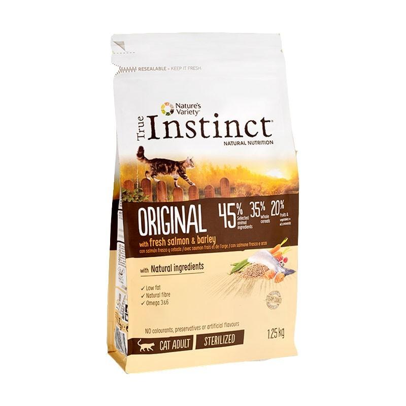 True Instinct Adult Sterilized Original Salmone per Gatti