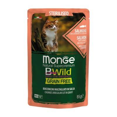 Monge Cat BWild Grain Free Sterilised Salmone con Ortaggi Bocconcini in Salsa per Gatti