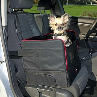 Trixie Cuccia per Automobile