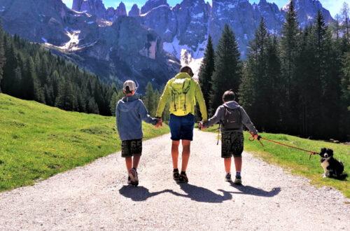 Dog Trekking sulle Dolomiti thumb